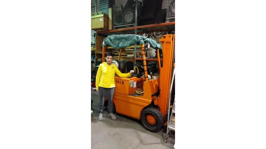 A lift truck operator with Yale Forklift serviced by Barclay Brand Ferdon